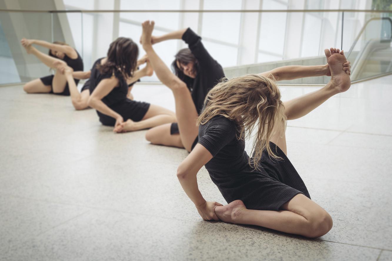 La Phármaco Luz Arcas Compañía de Danza Contemporánea Chacona