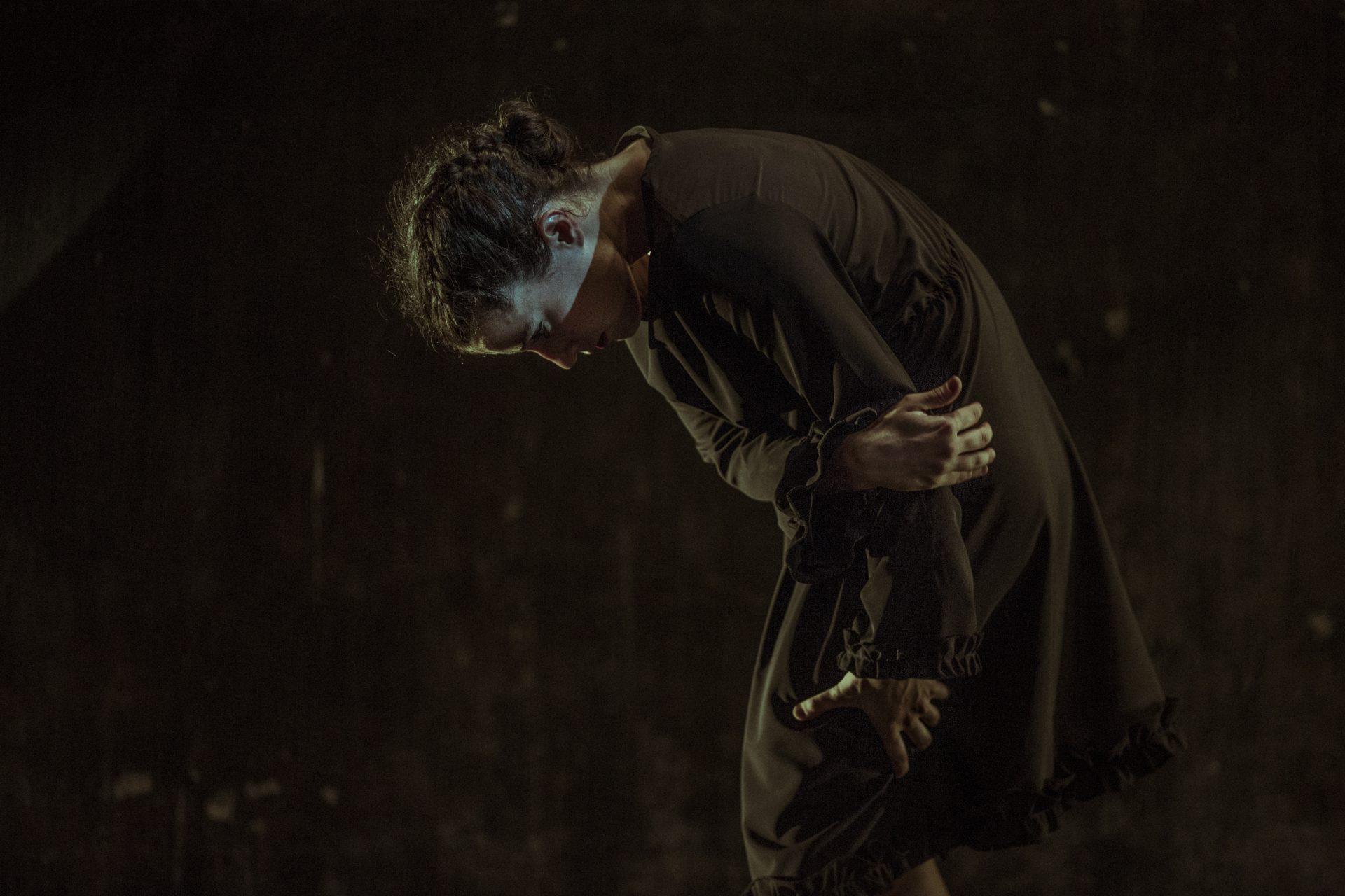 La Phármaco Luz Arcas Compañía de Danza Contemporánea La Errancia