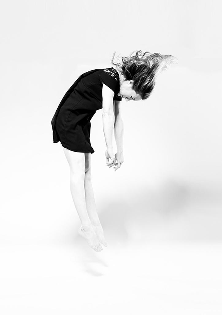 La Phármaco Luz Arcas Compañía de Danza Contemporánea Tú, que tienes luz